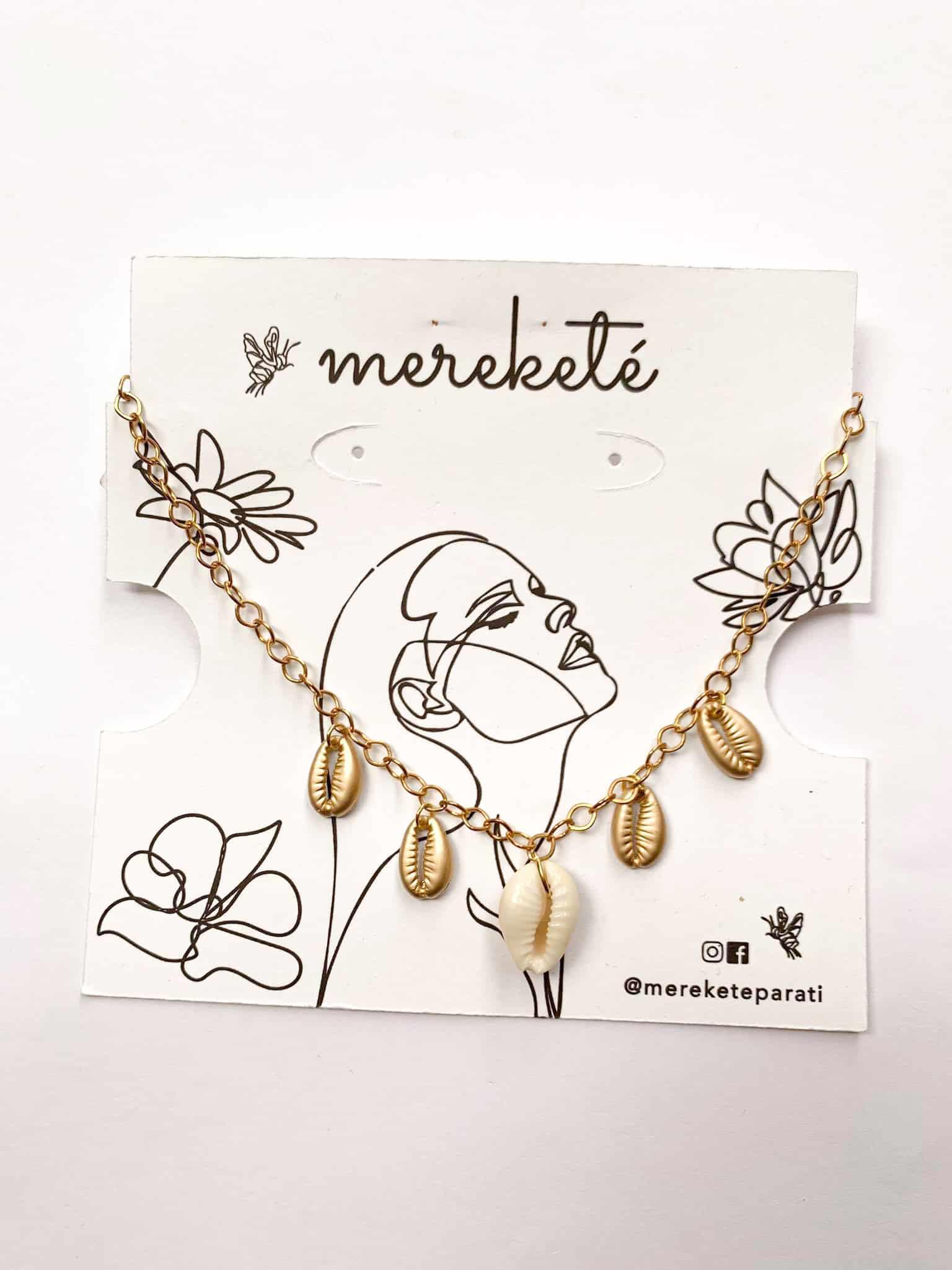 Golden Shells Necklace by Mereketé | Inspire Me Latin America