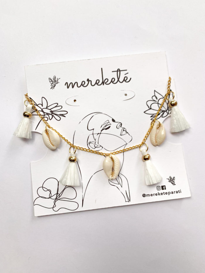 Shells and Upcycled Plastic Tassels Necklace by Mereketé | Inspire Me Latin America