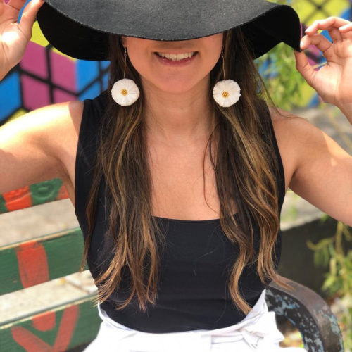 Raffia Flor Earrings by Mereketé | Inspire Me Latin America