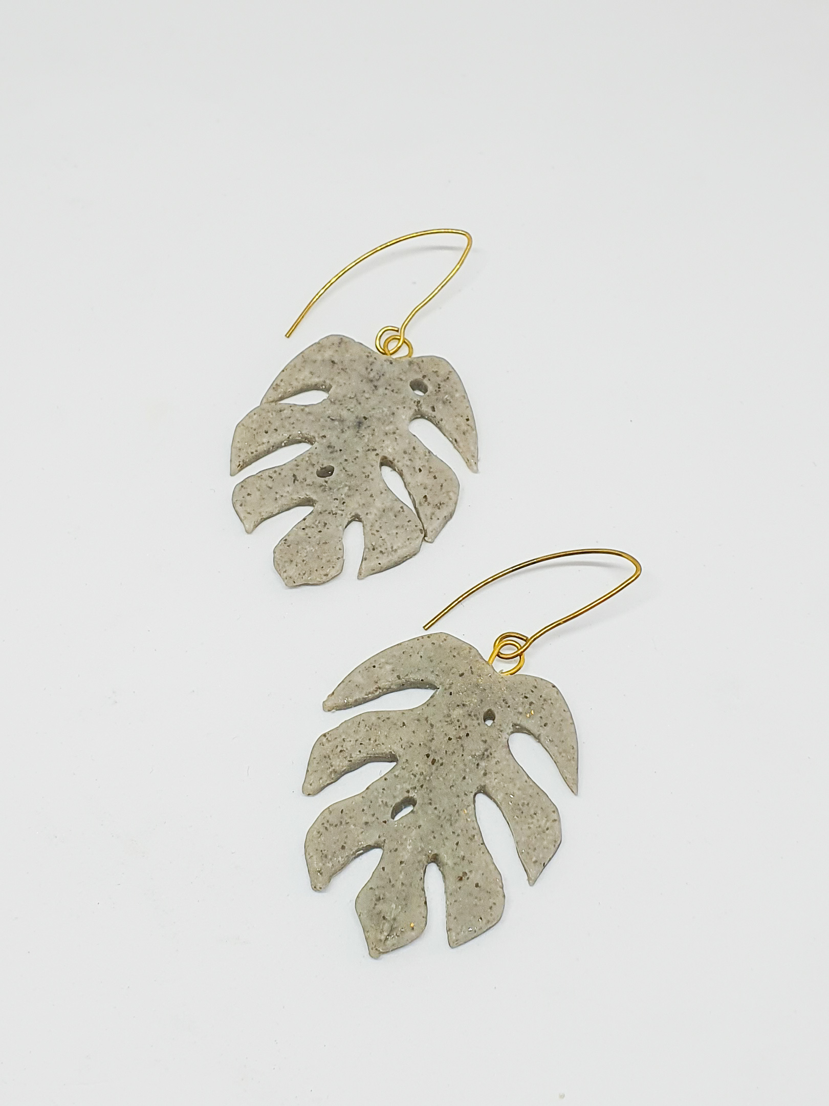 Monstera Leaf Earrings by Mandarina by Dre   Inspire Me Latin America