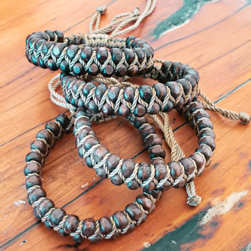 Coconut Shell Beaded Bracelet | Inspire Me Latin America